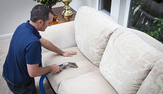 چگونه مبلمان منزل تمیز می شوند؟